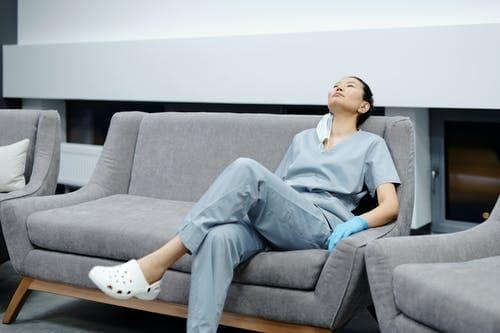 Como cuidar da saúde mental - guia para médicos